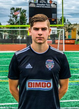 Soccer Standout Emmanuel Petrov '19 Receives Two National Honors